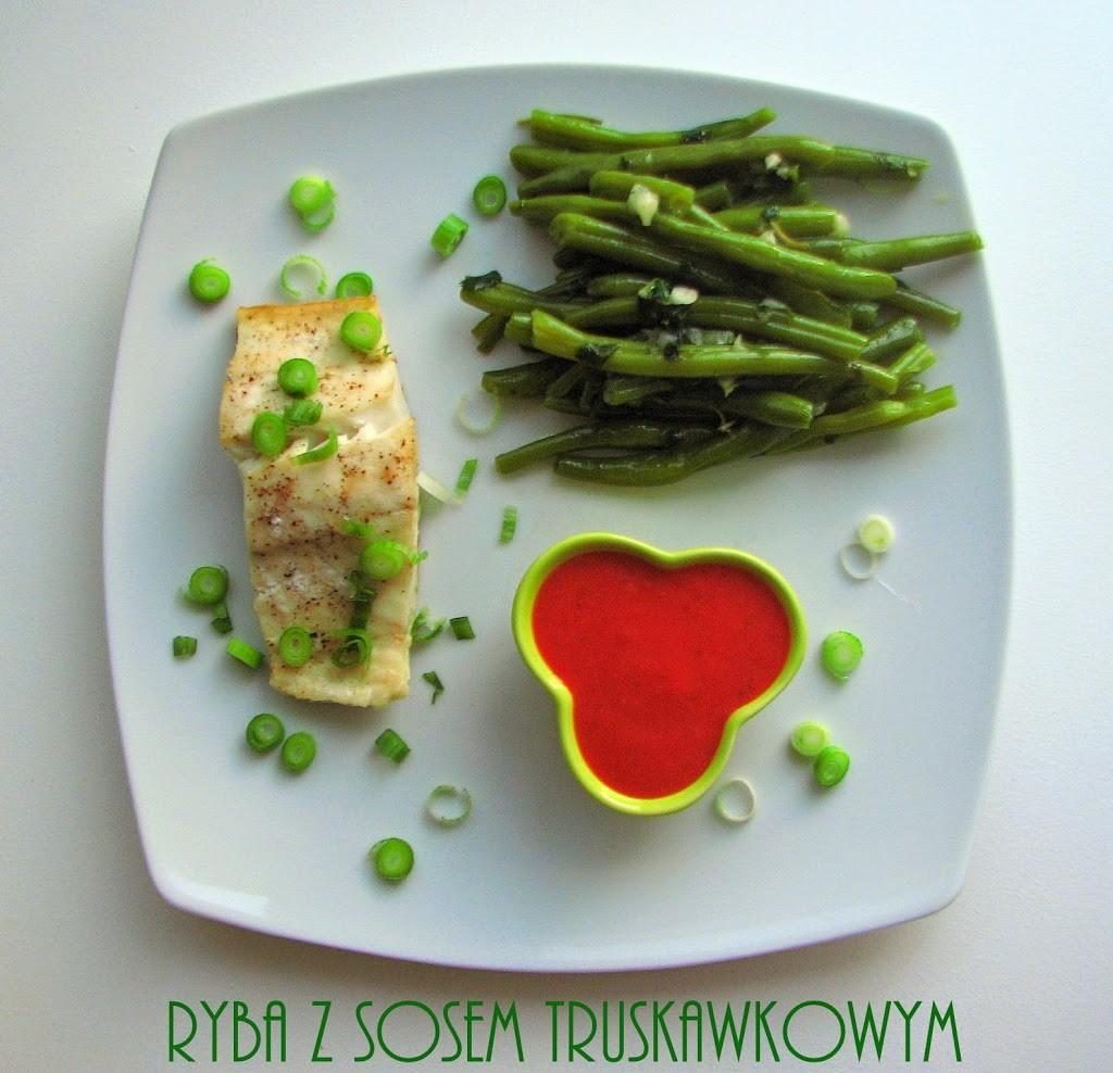 ryba-z-sosem-truskawkowym