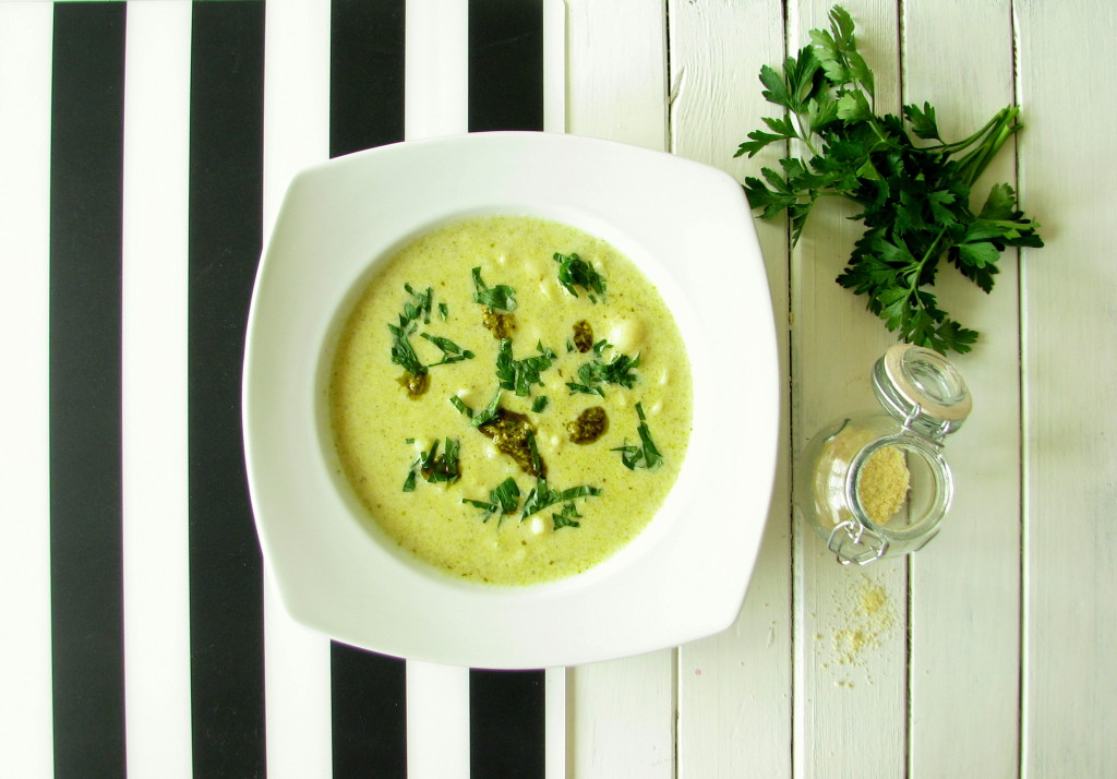zupa ziemniaczana z pesto