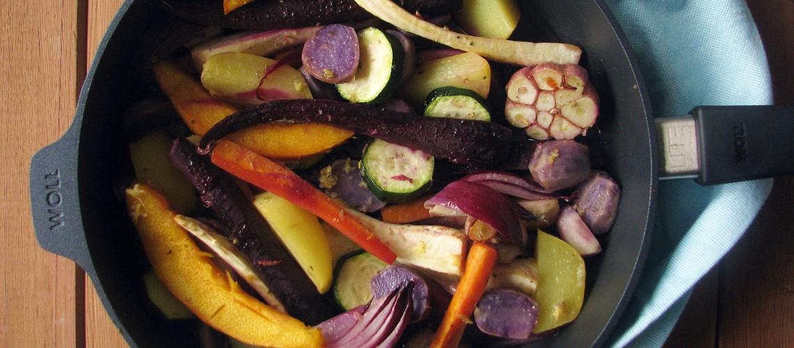 patelnia tytanowa Woll i pieczone warzywa